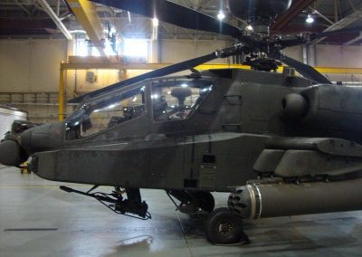 A DAY TO REMEMBER GUIDED TOUR OF THE APACHE GUNSHIPS 004