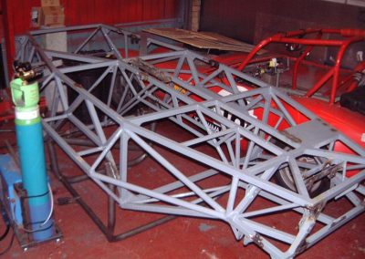 inverted_chassis_welding_02